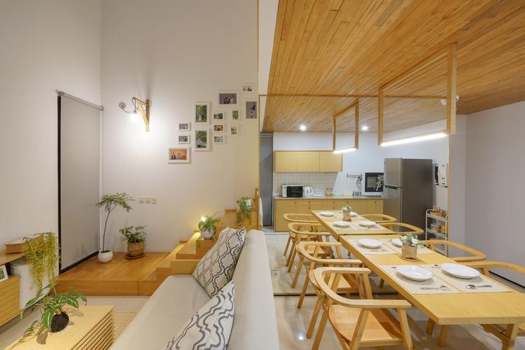 Casa Bandung / Bahtera Associates, © Pandji Adidjojo