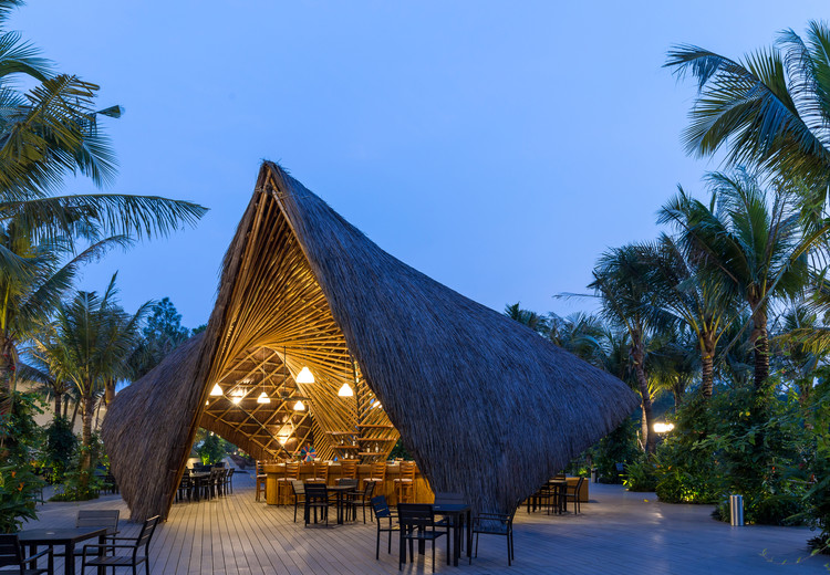 Pavilhão Flamingo Bamboo / BambuBuild, © Hoang Le