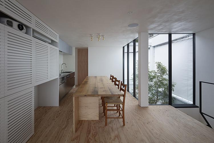 Casa 8 / arbol, © Hiroshi Ueda