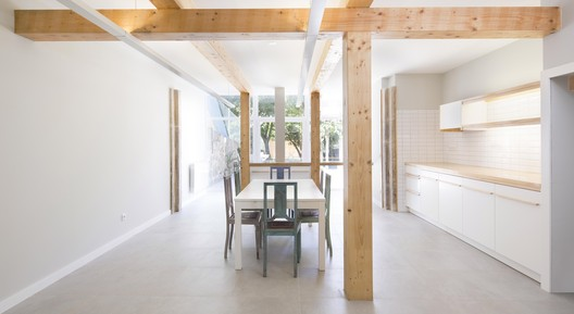 Visconde Setúbal House / Alessandro Pepe Arquitecto