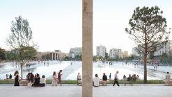 Skanderbeg Square  / 51N4E