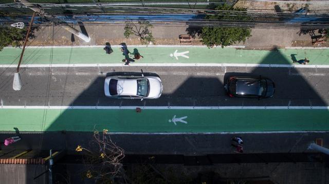 As mortes no trânsito não estão diminuindo: ruas completas podem ajudar, Rua Joel Carlos Borges, em São Paulo. Foto: Pedro Mascaro/WRI Brasil