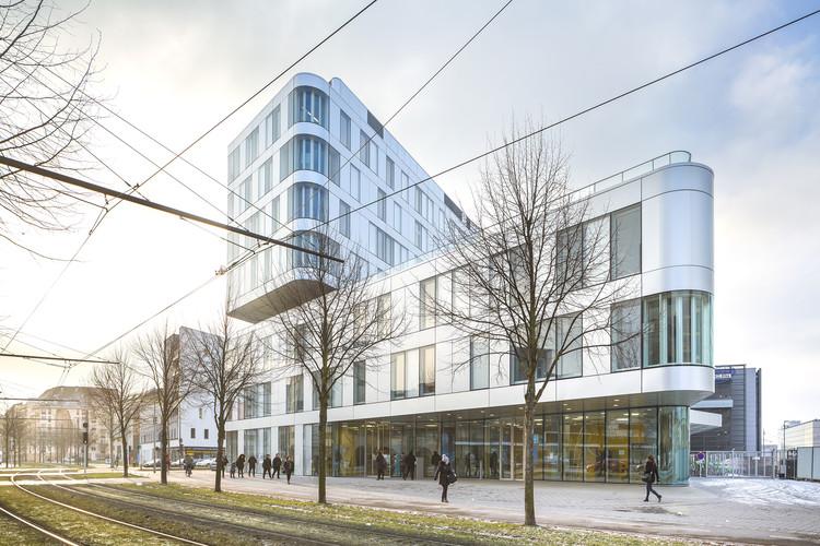 National Institute for Territorial Studies / AZC Architectes + Michel Spitz, © Sergio Grazia