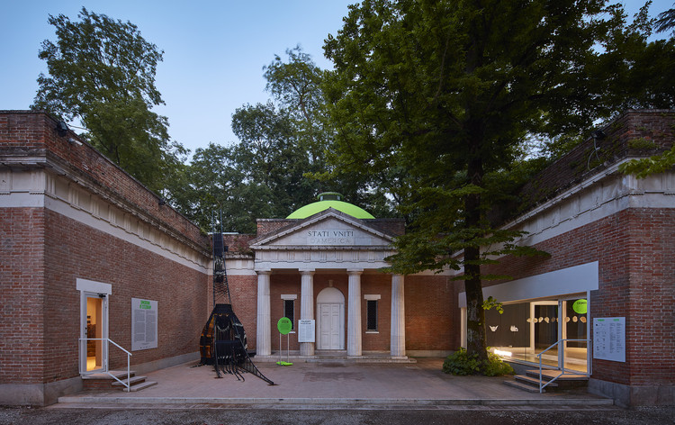 CALL FOR APPLICATIONS: U.S. Pavilion at 17th International Architecture Exhibition of the Venice Biennale, U.S. Pavilion at the 16th International Architecture Exhibition. Photo © Tom Harris. Courtesy of the School of the Art Institute of Chicago and the University of Chicago.