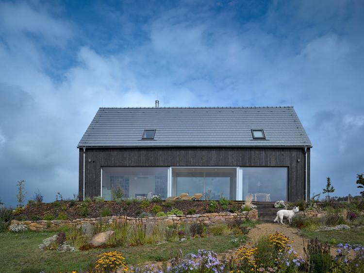 House on Windy Peak / Stempel & Tesar Architects, © Filip Šlapal