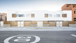 [TWIN] 8 townhouses in Granada / DTR_studio architects