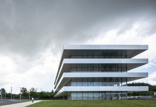 Puma Energy LatAm Headquarters / Ruiz Pardo & Nebreda