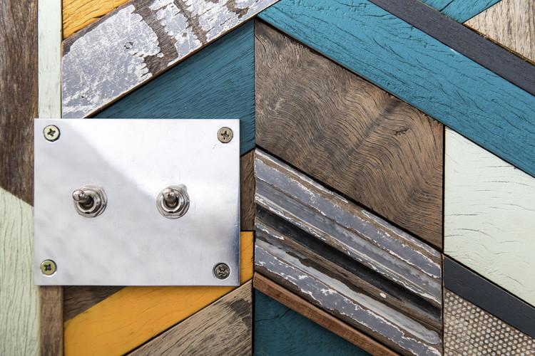 Reutilización de la madera: transformando piezas descartadas en objetos de arte, Apartamento Mira. Projeto Super Limão. Image © Maíra Acayaba