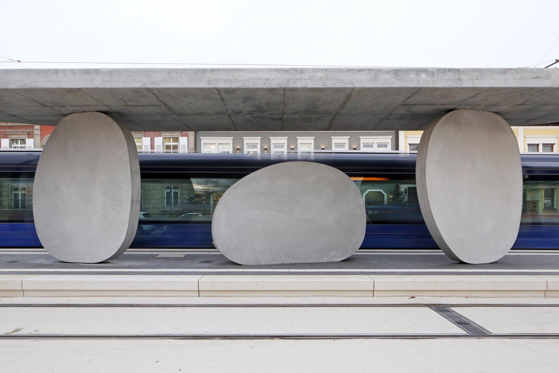 Здесь и далее, источник у фотографий без подписи - https://www.archdaily.com/912166/tram-stop-j-mayer-h-architects