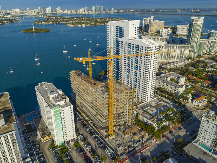 Jean Nouvel's Man-Made Lagoon Highrise Tops Out in Miami, via Z Comm