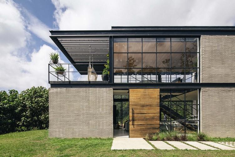 Casa Candelaria / Llano Arquitectos, © Alejandro Arango