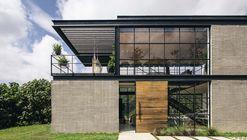 Candelaria House / Llano Arquitectos