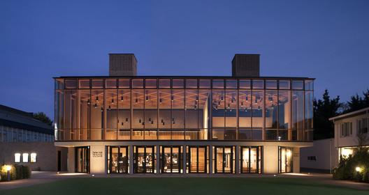 Peter Hall Performing Arts Centre / Haworth Tompkins