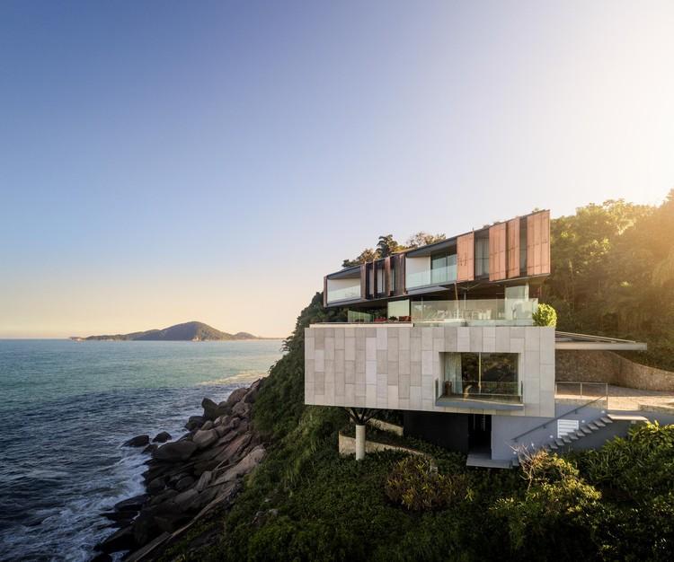 Casa Península / Bernardes Arquitetura, © Fernando Guerra | FG+SG