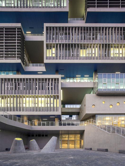© Zhang Chao. ImageTsinghua Ocean Center / OPEN Architecture