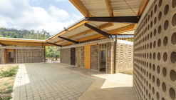 Siete Vueltas Rural Educational Institution / Plan:b arquitectos