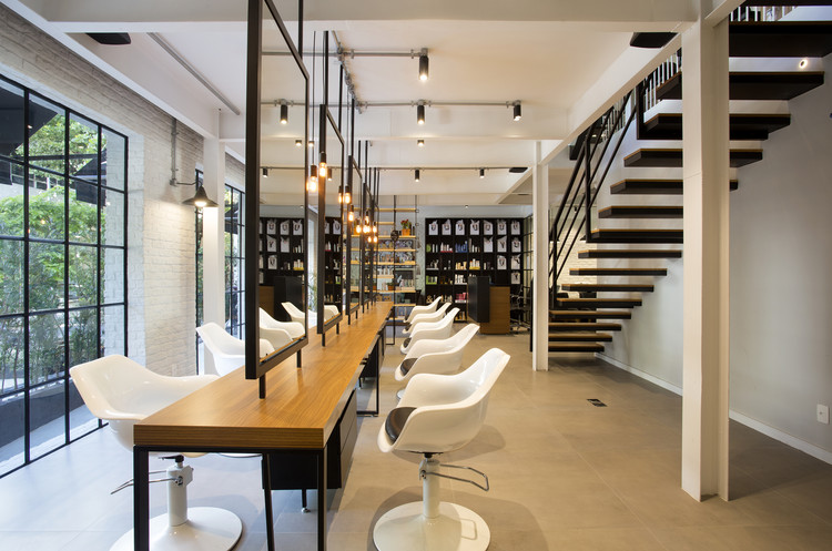Salão Filmyhair / InTown Arquitetura, © MCA Estúdio
