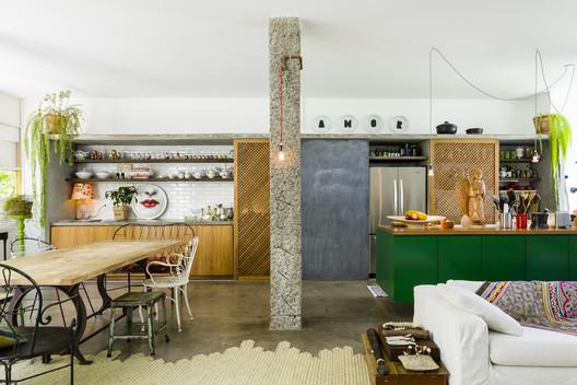 Apartamento Louveira / Estudio FM + Rosenbaum®