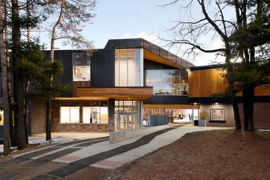 Boler Mountain Chalet Redevelopment / Architects Tillmann Ruth Robinson