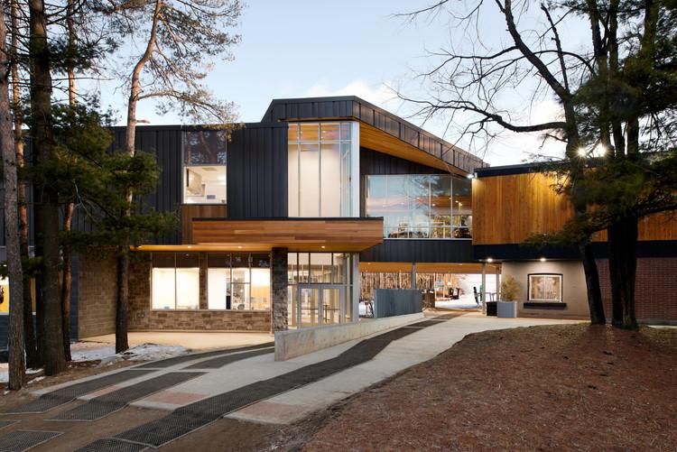 Boler Mountain Chalet Redevelopment / Architects Tillmann Ruth Robinson, © Jessica Ginzel
