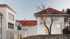 Jara Cimrman School / Progres Atelier