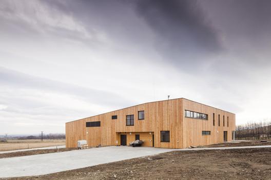 Environmental Center Rychleby / knesl kyncl architects
