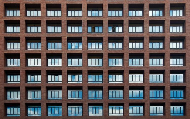 Rafael Aburto: la arquitectura moderna olvidada en España, Ministerio de Sanidad y Política Social [1951]. Image © Martin P. Szymczak [Flickr bajo licencia CC BY-NC 2.0]
