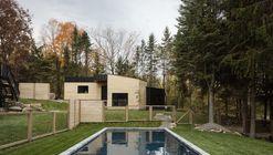 Abercorn Chalet / Tux Agency + Guillaume Kukucka Architect