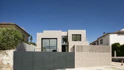 M House / ariasrecalde taller de arquitectura