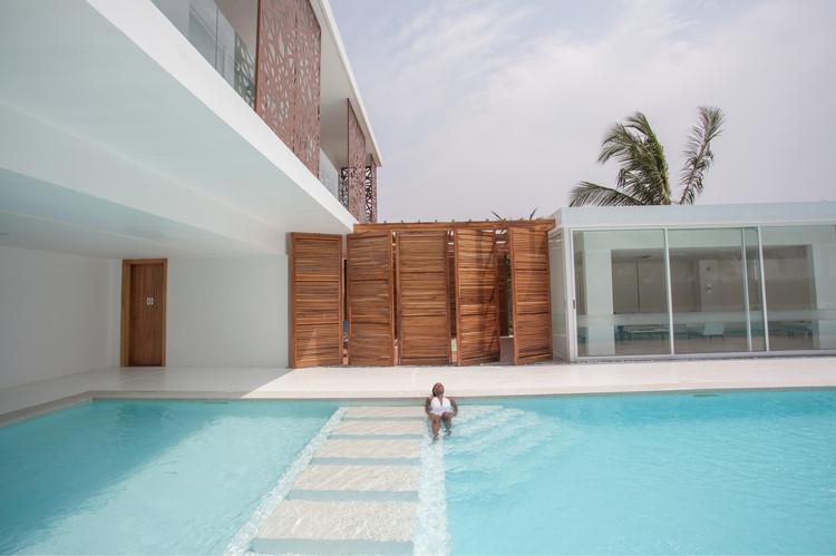 Sencillo Beach House / cmDesign Atelier, ? Medina Dugger