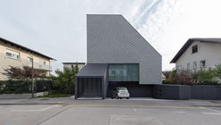 House Portico / OFIS arhitekti