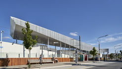 Frankston Station / Genton