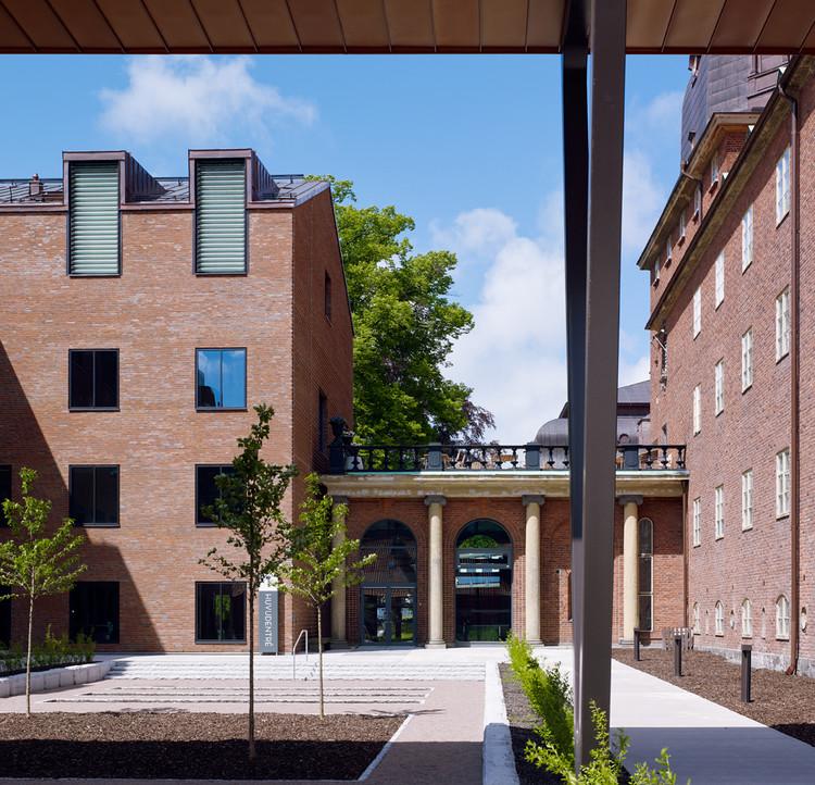 Carlanderska Hospital / White Arkitekter | ArchDaily