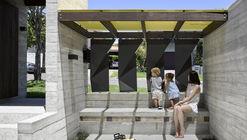 Tarragindi Steel House  / Bligh Graham Architects
