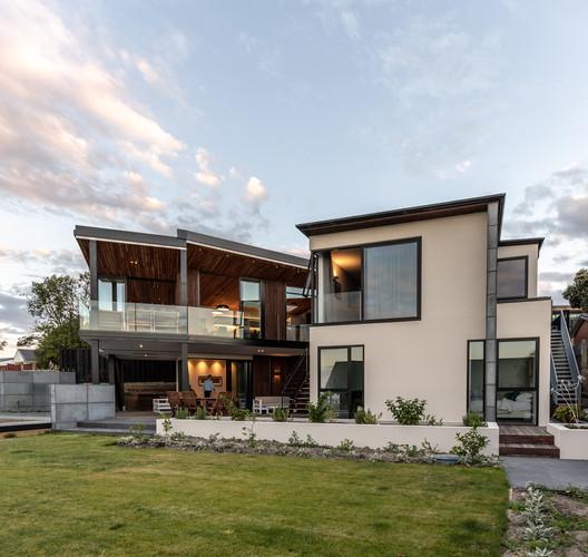 Wall House / MC Architecture Studio