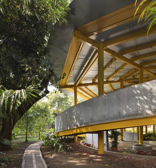 Jardín de niños CCB / MRV Arquitectos   ArchDaily Perú