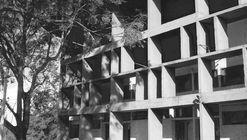 Clásicos de Arquitectura: Escuela Normal Superior N°1 Domingo Faustino Sarmiento / Mario Soto y Raúl Rivarola