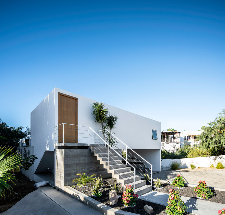 House CB125 / JVL Arquitectos, © The Raws