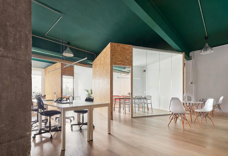 Oficina de Poblenou / estudio COA, © José Hevia