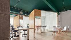 Oficina de Poblenou / estudio COA