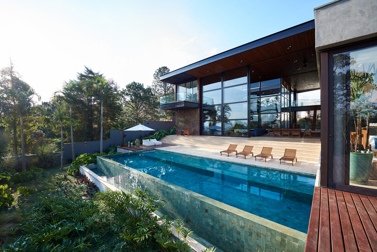 Infinity Pools In 15 Architecture Projects Archdaily