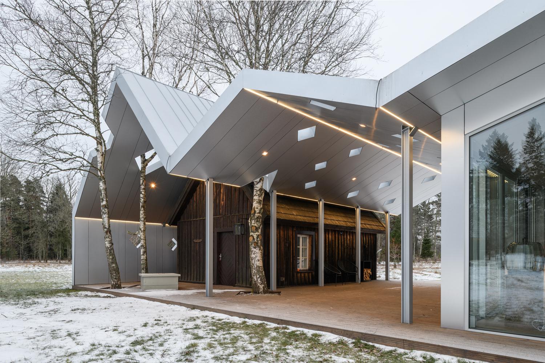 Lusthoone Funhouse Sauna / Peeter Pere