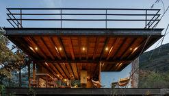 Cabaña Teitipac / LAMZ Arquitectura