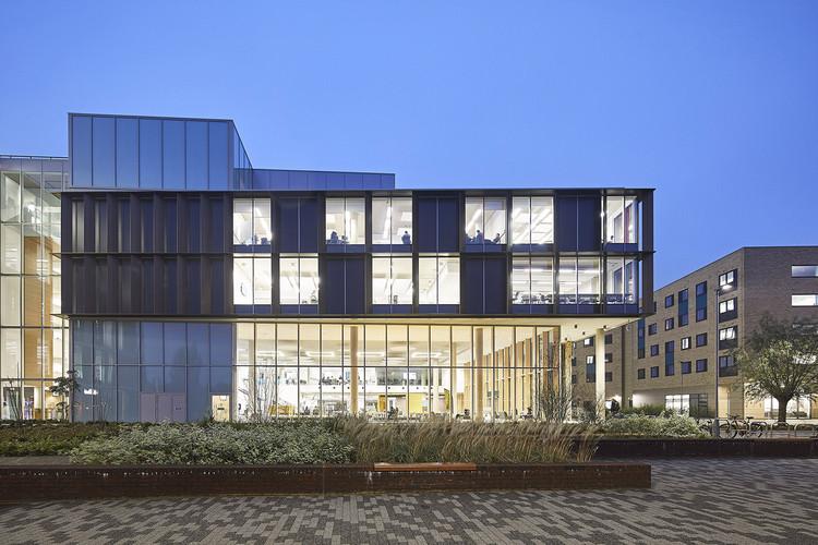 Centro de Aprendizaje de la Universidad de Northampton / MCW Architects, © Hufton+Crow