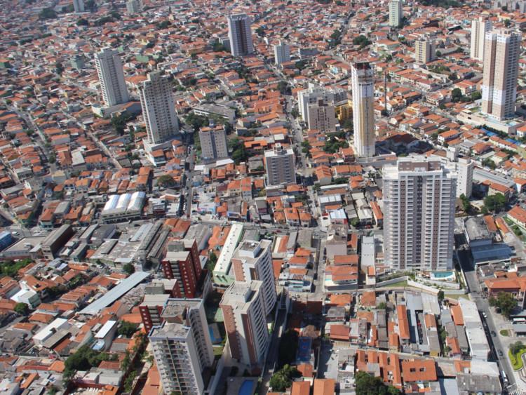 """Construindo o atraso: disfunções urbanas e o """"direito"""" de protocolo em São Paulo,  Antonio Miotto/SMDU-PMSP. Image via IABsp"""