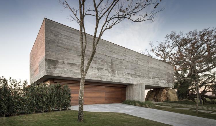 Casa da Figueira / Stemmer Rodrigues Arquitetura, © Marcelo Donadussi