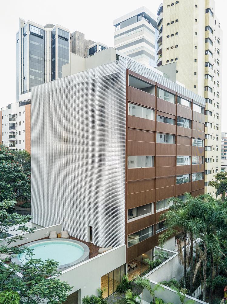 Edifício Único / Studio Arthur Casas