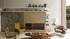 OM Townhouse / Studio Arthur Casas