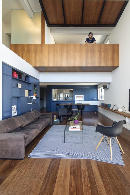 Apartamento Madaloft / GOAA - Gusmão Otero Arquitetos Associados, © Maíra Acayaba