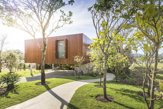 Gallery of Angular House / Stemmer Rodrigues Arquitetura - 6